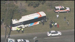 18 wheeler accident with METRO bus on South 610 Loop